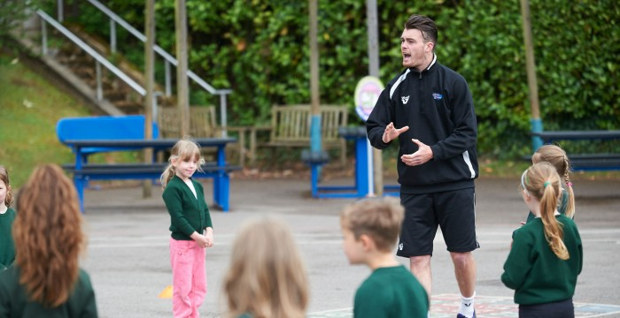 Benefits of Using Qualified Sports Coaches in School